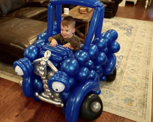 Truck Birthday - Balloon Sculpture